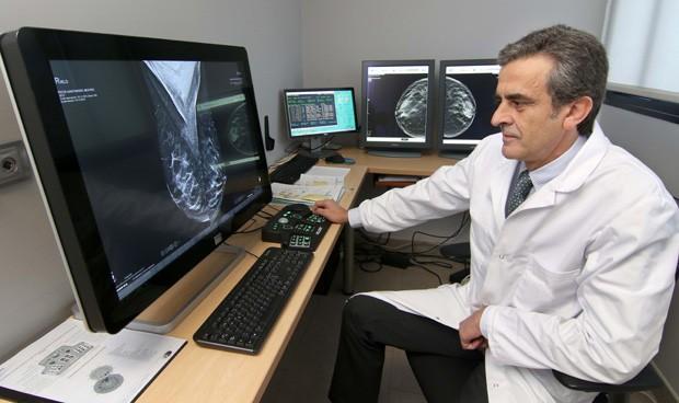 Quirónsalud incorpora un mamógrafo 3D que detecta un 40% más de cánceres
