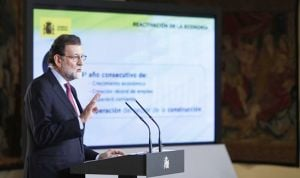 Rajoy descarta la salida de Dolors Montserrat del Ministerio de Sanidad
