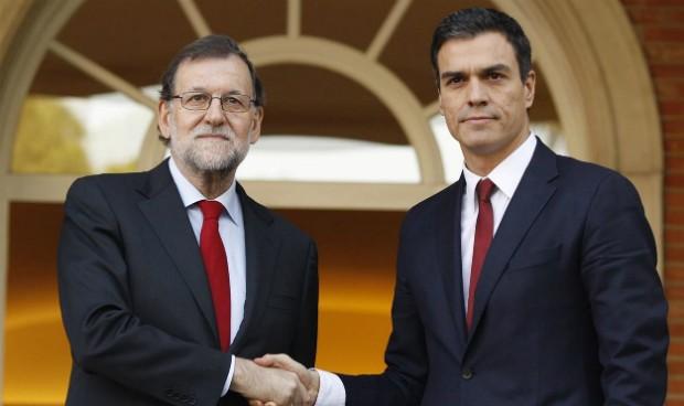 Rajoy ofrece la sanidad universal a cambio de la investidura