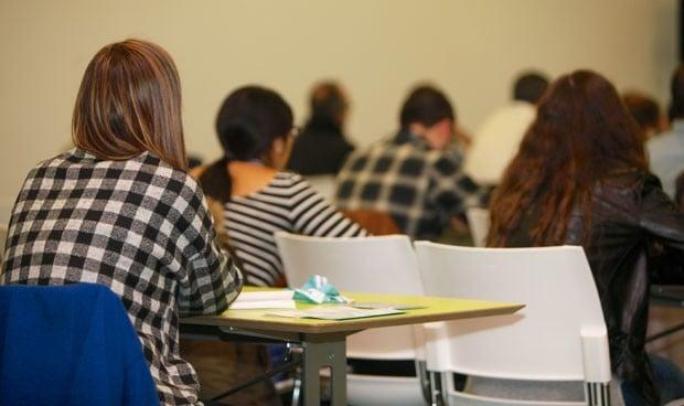 Ranking de carreras universitarias: Medicina, el segundo grado más difícil