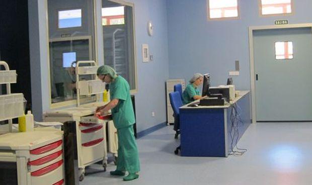 Recorte salarial a las enfermeras embarazadas si dejan de manejar tóxicos