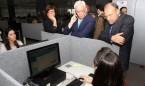 """Madrid hace """"más público"""" el centro que gestiona las citas sanitarias"""