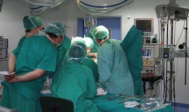 Reino Unido inicia las operaciones de corazón practicadas por enfermeras