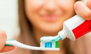 Relacionan un componente de algunos dentífricos con la inflamación de colon