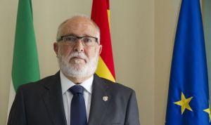 Repetto López vuelve a ser elegido presidente de los médicos gaditanos