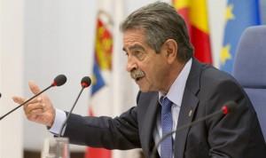 Revilla presume de una terapia contra el cáncer que solo tiene Cantabria