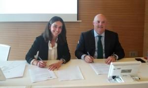 Ribera Salud y la Universidad Católica firman un convenio de colaboración