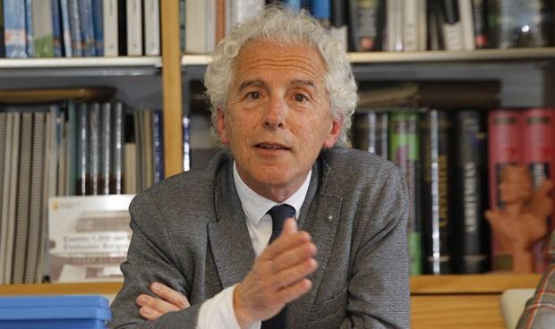 Es elegido presidente de la Federación Europea de Medicina Interna
