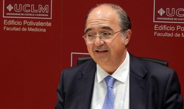 Ricardo Rigual abandona la presidencia de los decanos