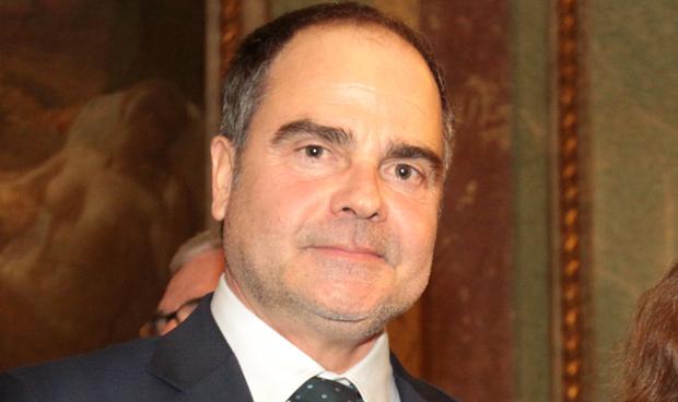 Roberto Úrbez, nuevo presidente de la Asociación de Farmacéuticas Americanas