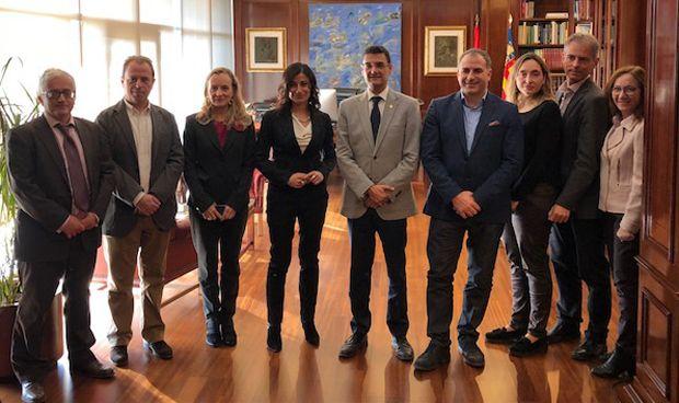 Roche y la Universidad Politécnica de Valencia crean el Aula Roche-UPV