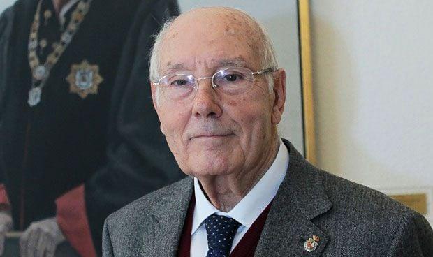 Romay Beccaría, Medalla de Galicia