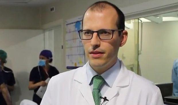 Ruber Juan Bravo 'estrena' al sector privado en reducción de seno coronario