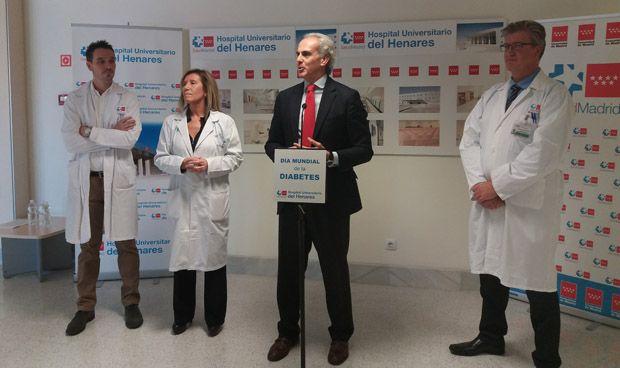 Ruiz Escudero conciencia sobre la diabetes en el Hospital del Henares