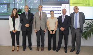 Ruiz Escudero visita GIS, el centro de excelencia informática de Roche