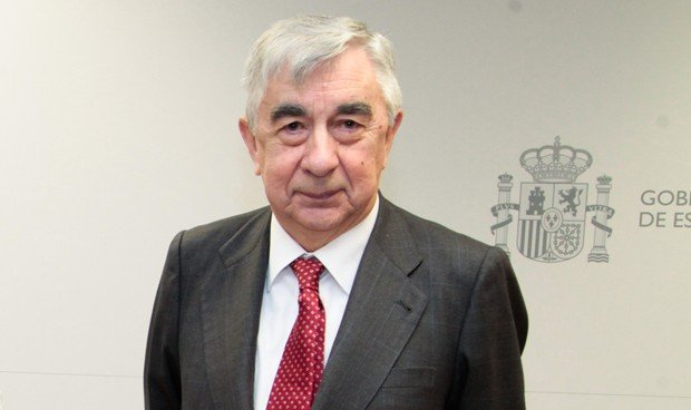 """Sabando defiende """"federalizar"""" la sanidad en su salida del Consejo Asesor"""