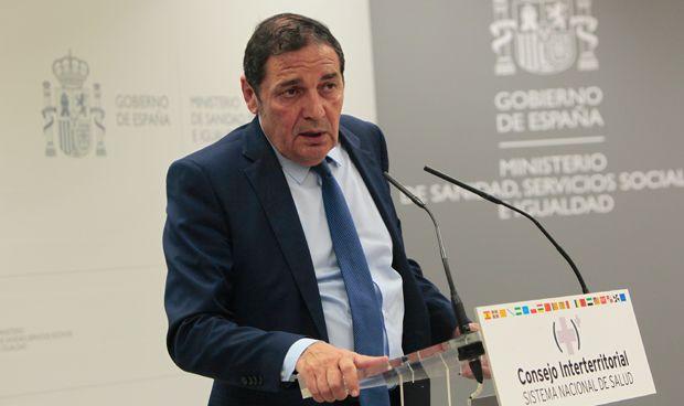 Sáez Aguado anuncia el refuerzo de la plantilla del Hospital de Segovia