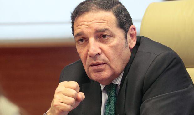 Sáez Aguado asegura que aumentará un 20% el presupuesto para sustituciones