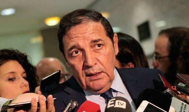 Sáez anuncia un incremento en la plantilla sanitaria de Segovia