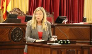 """Salud asegura que el nivel de exigencia del catalán es """"asequible"""""""