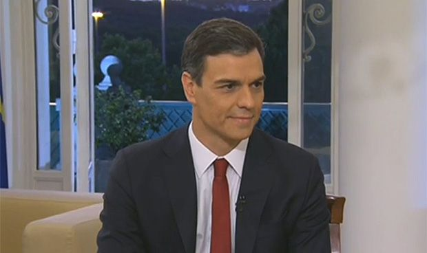 """Sánchez: """"Debemos mirar las cuentas públicas antes de acabar con el copago"""""""