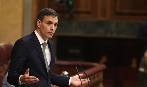 Sánchez inicia la supresión del 16/2012 para recuperar la sanidad universal