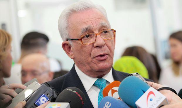 Sánchez Martos garantiza la cartera de servicios del Hospital de Móstoles