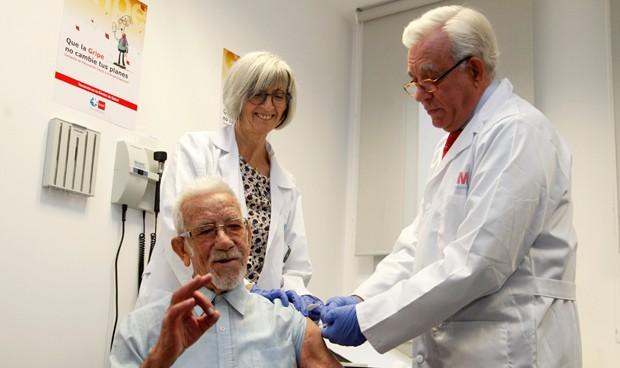 """Sánchez Martos: """"La vacuna de la gripe es eficaz al 90%, hay que ponérsela"""""""