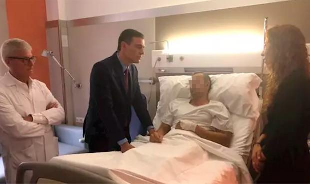 Sánchez y el lío de pasillos en un hospital de Barcelona