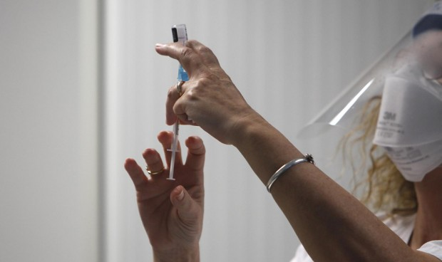 España activa un plan para custodiar las vacunas que vayan a caducar