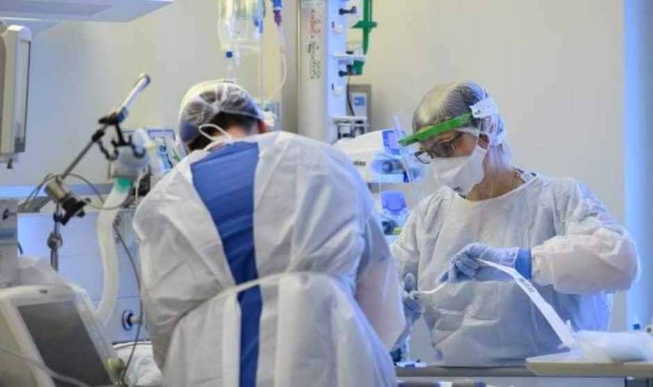 Sanidad actualiza la guía de prevención frente al Covid para sanitarios