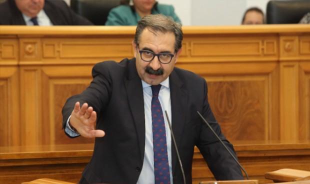 Sanidad acusa a Cospedal de intentar recortar 7.000 sanitarios del Sescam