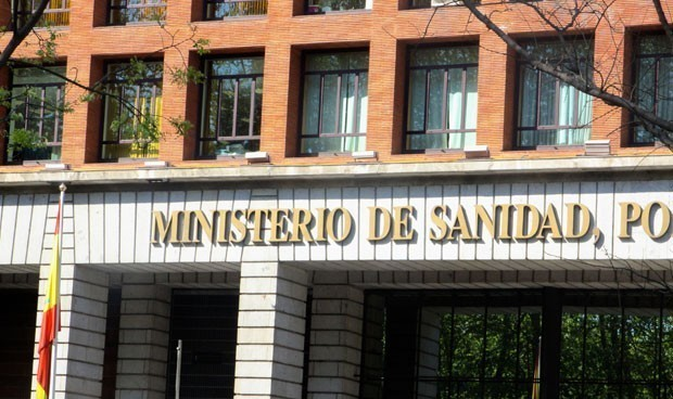 Sanidad arranca la artillería legal para defender su transparencia