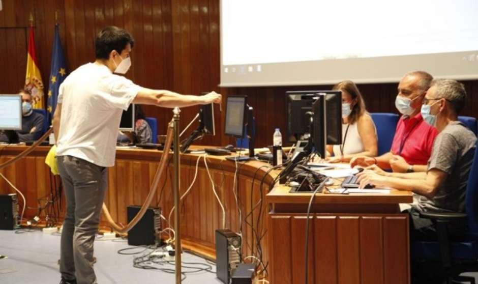 Sanidad da 30 días a las CCAA para publicar renuncias de plaza de los MIR