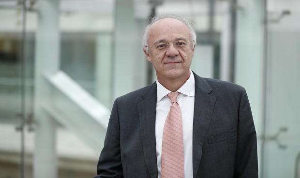 Sanidad elige a José María Antón como vocal en el Consejo de la Mujer