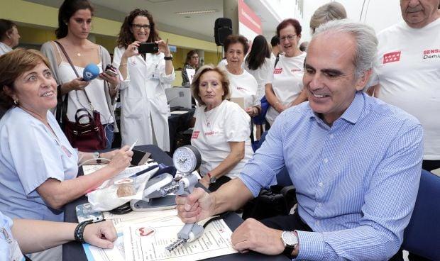 Sanidad implanta la asistencia geriátrica en todos los hospitales de Madrid