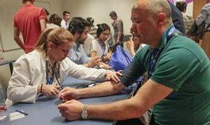 Sanidad ofrece a MIR extranjeros hacer un 'Erasmus' en hospitales españoles