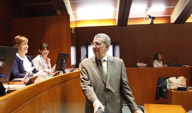 Sanidad paga más de 11 millones de intereses de la anterior legislatura
