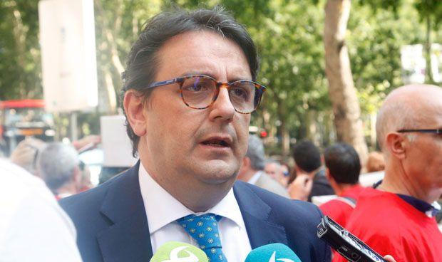 Sanidad pide al Gobierno homologar más títulos de Medicina y más MIR