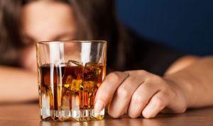 El Ministerio prevé sanciones a los padres de los menores que beban alcohol