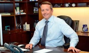 Sanidad retira del mercado implantes mamarios de Allergan