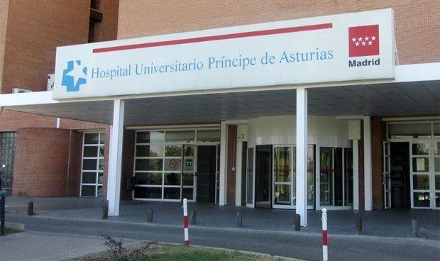 Sanidad suspende de empleo y sueldo a la auxiliar de Alcalá