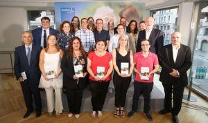 Sanitas recoge en un libro 12 relatos personales sobre el alzhéimer