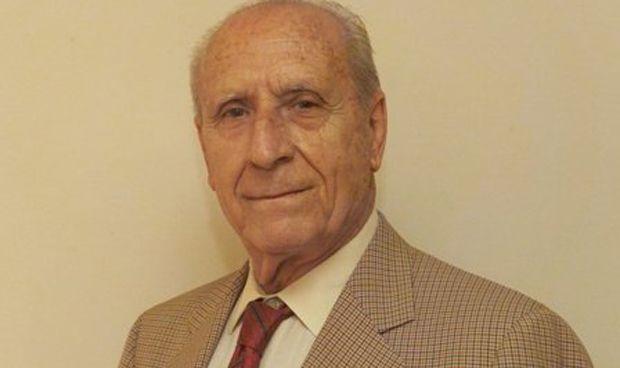 Santa Olalla y la OMC despiden al médico Teodoro Sacristán