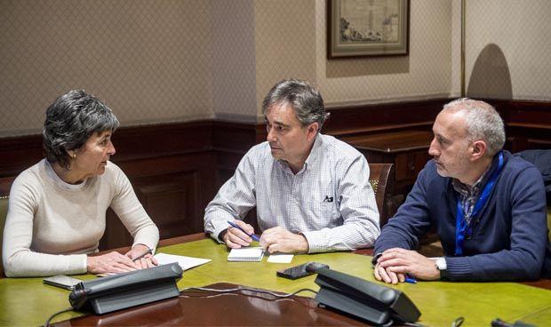 Satse completa su ronda de contactos políticos con Podemos