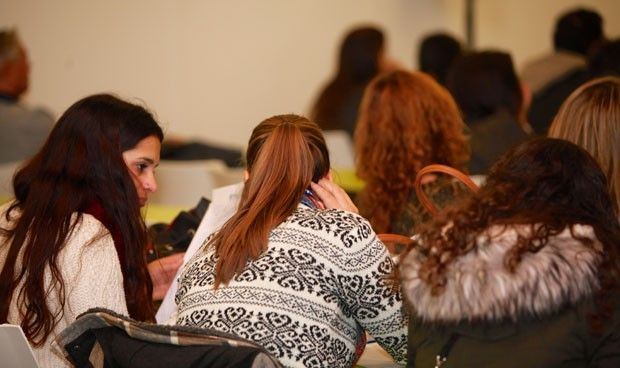 Se matriculan en Medicina 1.500 alumnos más que el número de plazas MIR
