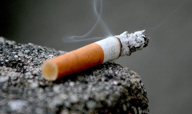 Seis CCAA no publican qué hacen sus servicios de salud frente al tabaquismo