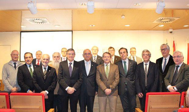 Seis nuevos miembros de la Comisión de Deontología del Cgcom toman posesión