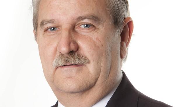 Serafín Romero, presidente de los médicos españoles a partir del 4 de marzo