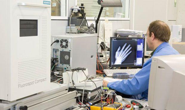 Siemens cumple 60 años produciendo rayos X portátiles en Getafe